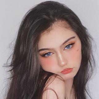 Zoe Land