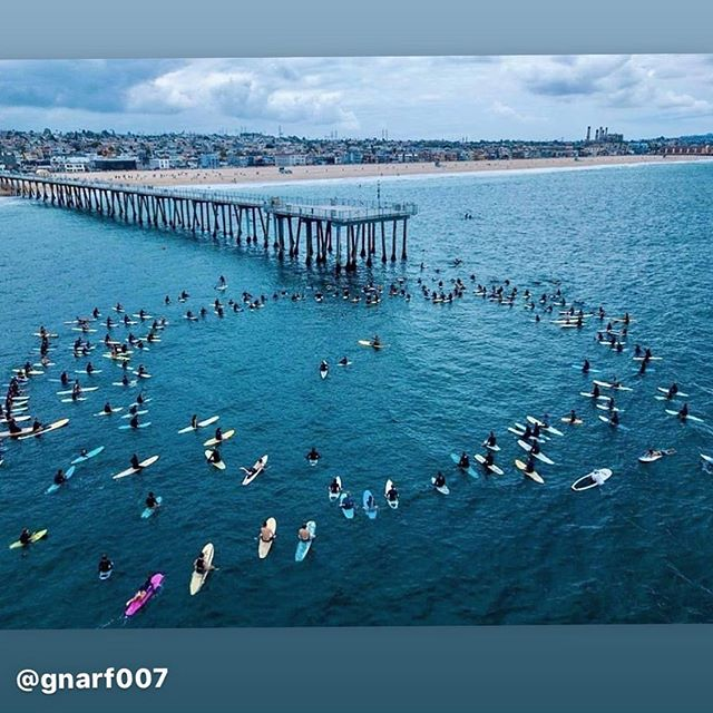 Very cool moment of solidarity that LA and I got to be a part of this morning. Put together by @blackgirlssurf  Thanks for making us aware @daninicolet and helping us get out into the water @michaelkussman  #BlackLivesMatter