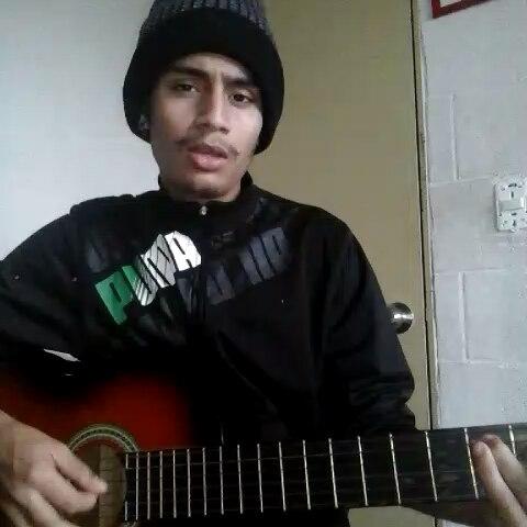Espero que les guste este cover de @ozuna #sitevas . . . #uruguay #musica #montevideo #guitarra #acustico @vanesabritos @rb.recordz @fotografogabrielbritos #ftvanesabritos @promocantantes #cantantes