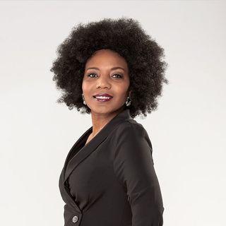 Thenjiwe | Youtuber | Comedian