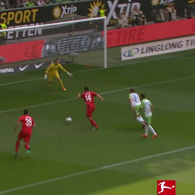 Two years ago today, Jonas Hector twisted his way to eternal #Bundesliga and @FCKoeln glory. 😵🇩🇪
