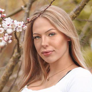 Sophie Br  FASHION x LIFESTYLE