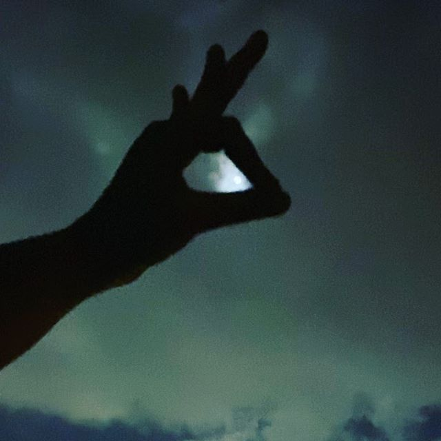 Just in case you can't see the moon tonight... here's a glimpse. #soundup #Bombay #shadowpuppets