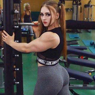Julia Vins | Muscle Barbie