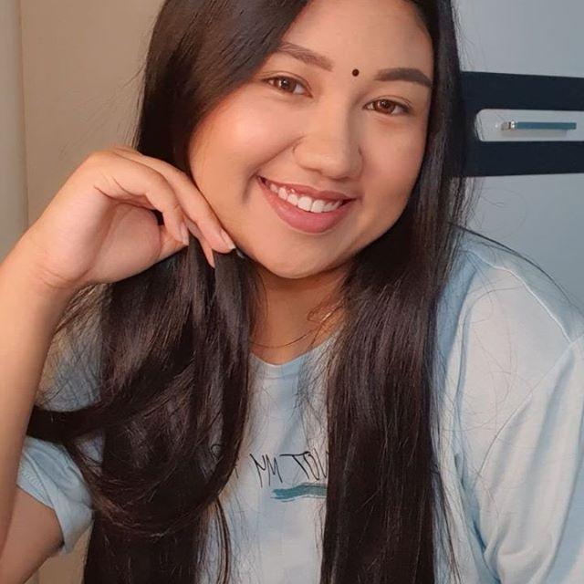 Hi there 👋🏼 New IG video tomorrow 🥰 . . . . . . #motd #makeuplook #naturalmakeup #chindian  #makeupvideos #makeuptutorial #MaybellineMalaysia #LorealParisMY #nyxcosmeticsmy #milanimalaysia #sephoramy #sephoramalaysia #benefitmalaysia #narsmalaysia #bobbibrownmy #makeupforevermy #udmalaysia #esteelaudermy #maccosmeticsmalaysia #lancomemy #muakl #makeupartistkl #indianmakeupartistkl #makeupartistmalaysia