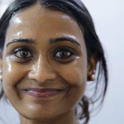 Karuppu dhan da neruppu! The dusky ponnu video is up! Makkalae link in my bio! Kindly watch,share and subscribe Araathi! Nandrigal! #araathi  #poornimaravi #dusky