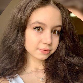 LUIZA GABRIELA BROVINA