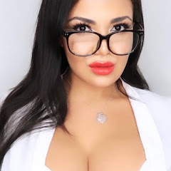 Adriana Robledo ASMR