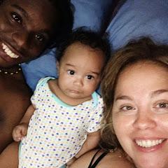 Di Island Family