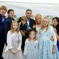 Noel's BIG Family Life