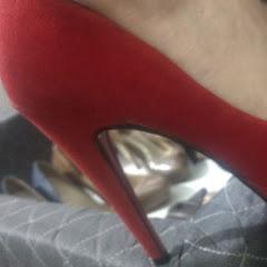 Feet crush Lady