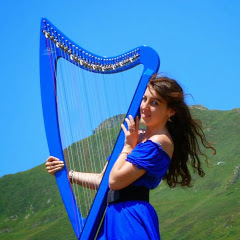 Marion Le Solliec, celtic and electric harp