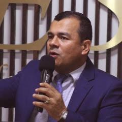 Pastor Edgar Giraldo