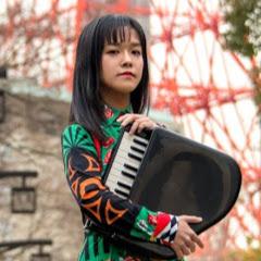Tomoko Asaka朝香智子/あさぴ