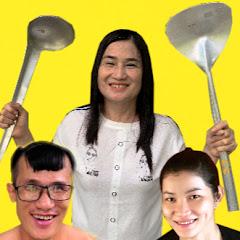 Bà Duyên & Family