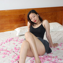 Asian single mom