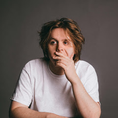 Lewis Capaldi - Topic